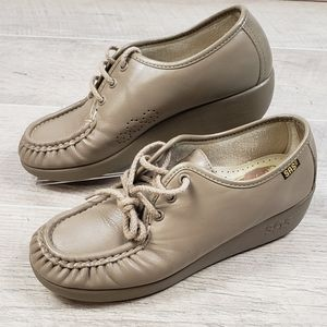Women's SAS Tan Beige Leather Tripad Comfort Shoes